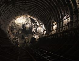 Строительство подземного тоннеля станции метро Геологическая 2